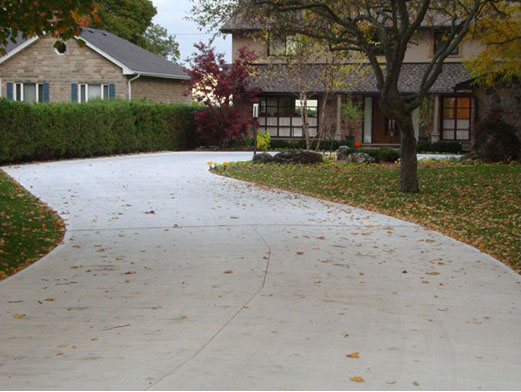 Pros & Cons of Concrete Driveways, Walkways - Mississsauga